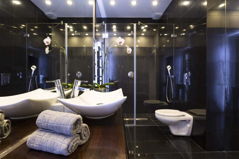 Luxury-toilet